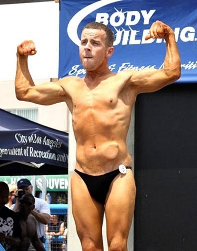 A musculação transformou a vida de Stevie Zee (Foto: Ralph De Haan)