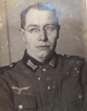 Bonaventura Einberger, ex-enfermeiro da Wehrmacht, pode ter conhecido o médico muitos anos antes (Acervo: Francisca Schiroff)