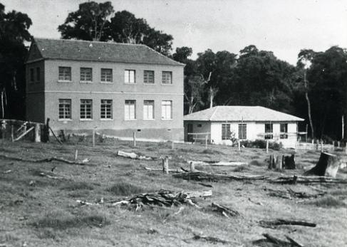 Pioneiros do distrito de Paranavaí acreditam que o médico nazista Josef Mengele viveu no Seminário Imaculada Conceição