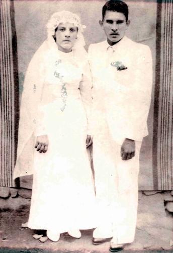 Elazir Azevedo de Oliveira e Bem Bem de Oliveira se casaram em 1938 em Santo Antônio de Pádua, no Rio de Janeiro (Foto: Acervo Familiar)