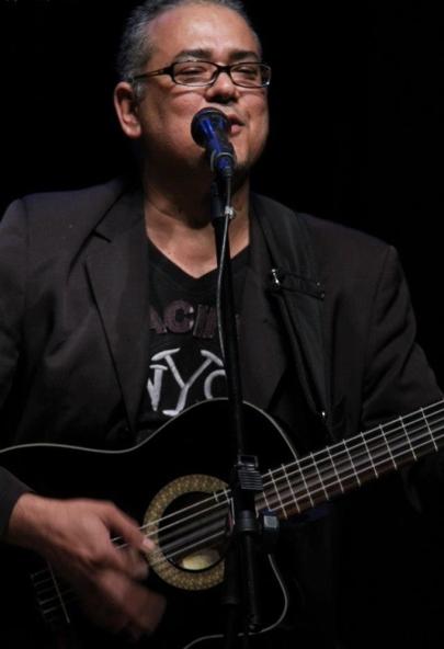 João Henrique começou a cantar, tocar e compor há quase 30 anos (Foto: Amauri Martineli)